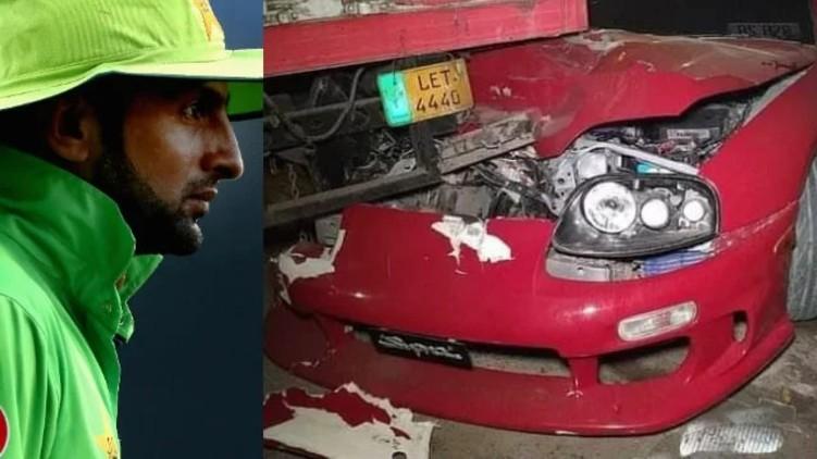 Shoaib Malik crashes car