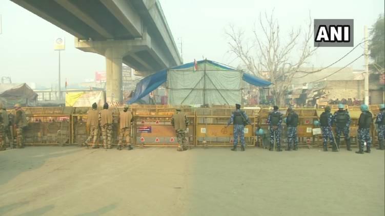 security tightened in delhi border