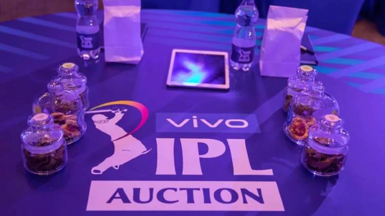 moris maxwell hit jackpot ipl auction 2021