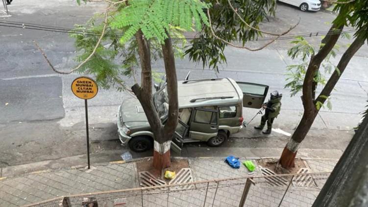 Vehicle Explosives Mukesh Ambani