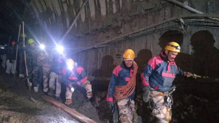uttarakhand rescue operation restarted