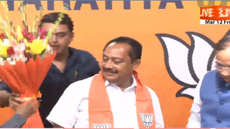 Vijayan Thomas joined BJP