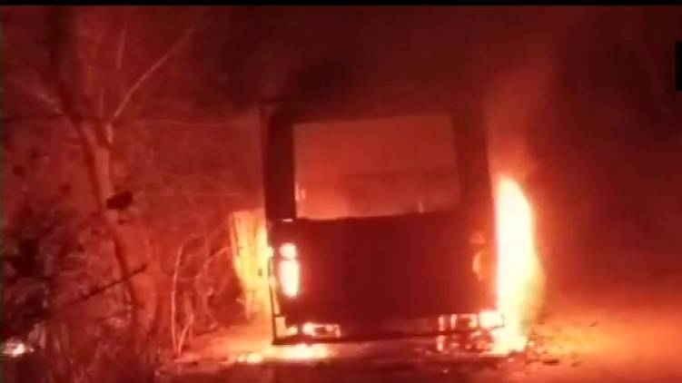 bengal bus caught fire before election
