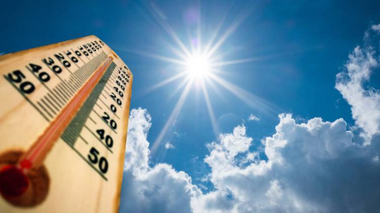 chances of high temperature in two districts of kerala