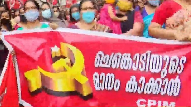 cpim state leadership sought report on kuttiyadi protest