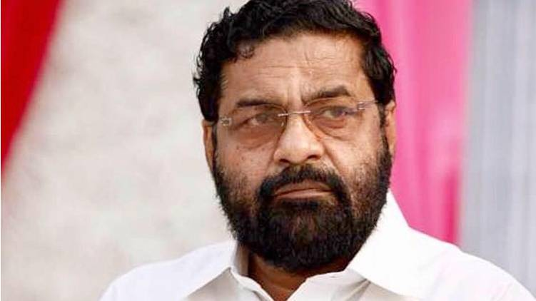 kadakampally apology fake alleges panthalam palace
