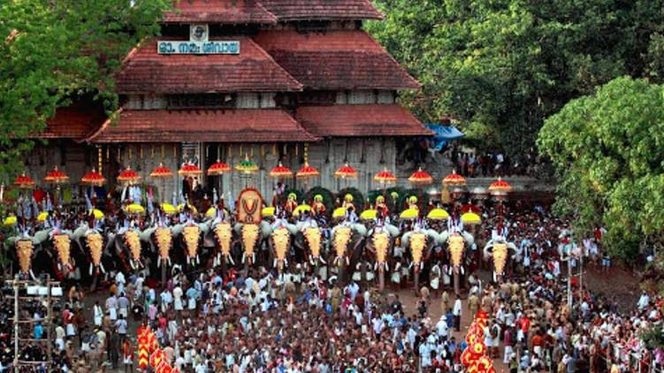 will conduct thrissur pooram says district administration