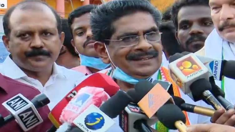 wont contest in election says mullapally ramachandran