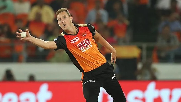 Stanlake Topley reject CSK