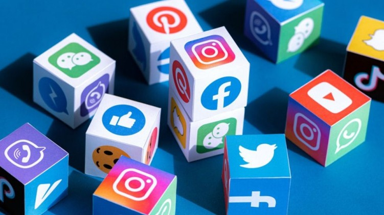 Pakistan Blocking Social Media