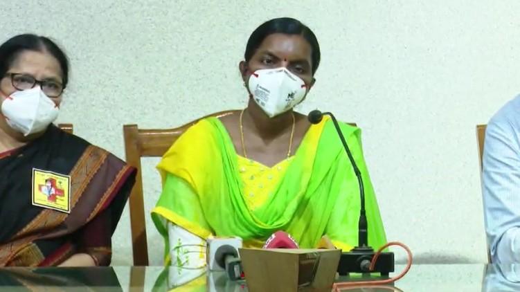 Complaint councilor doctor mask