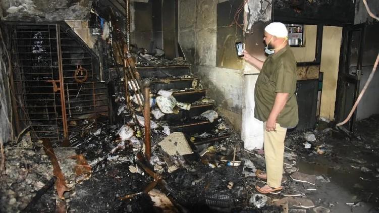 Fire hospital kills 4