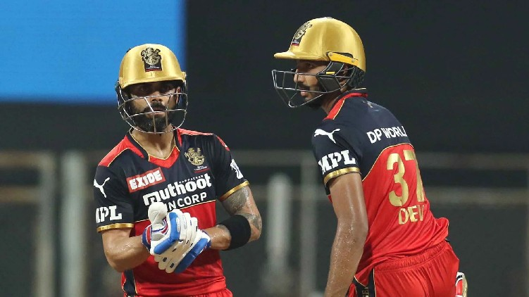 RCB won RR wickets