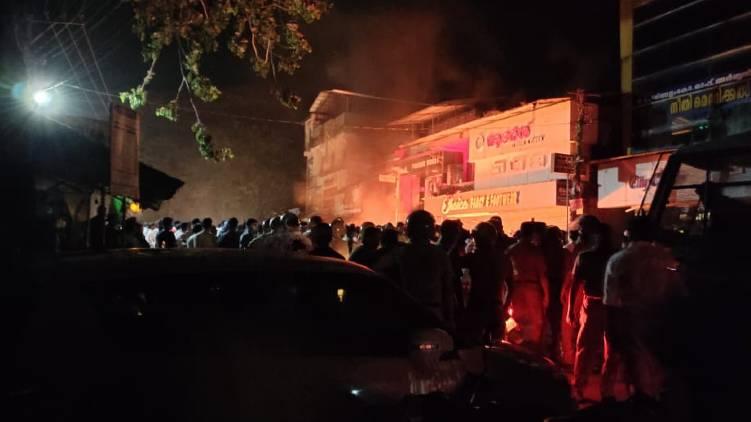 attack against kannur cpim offices again