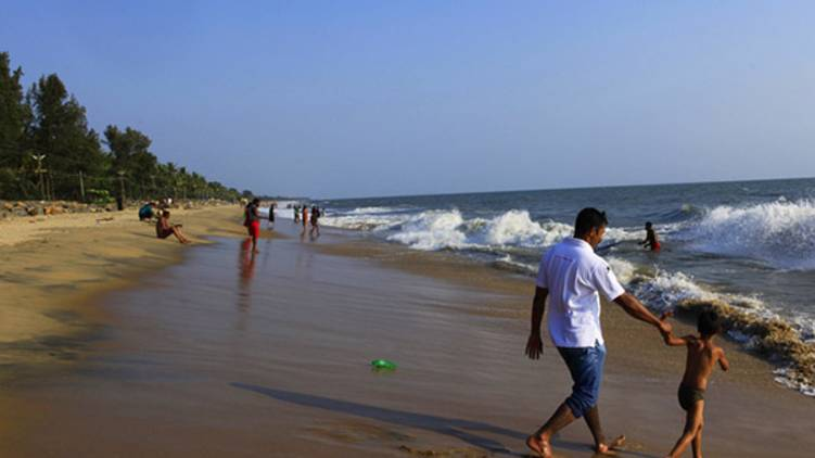 ernakulam beach entry banned