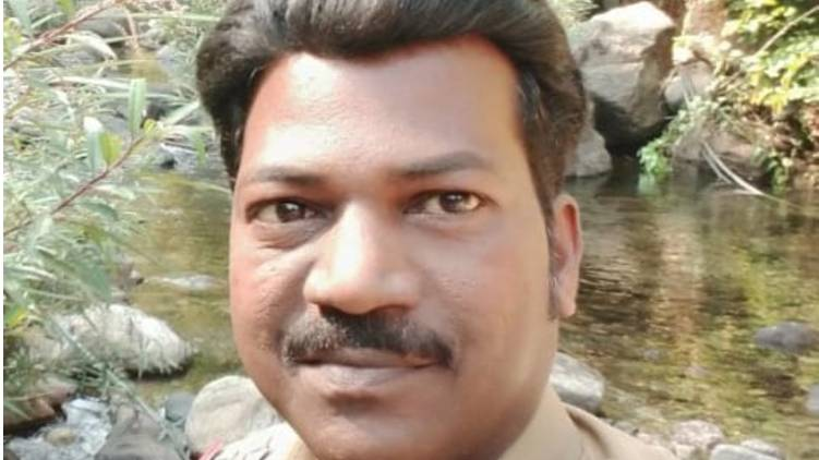 nadapuram control room si passes away