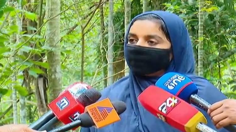 need chief minister intervention says raihana siddique