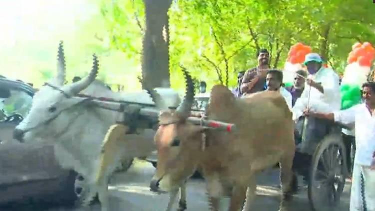 udf candidate road show in bullock cart