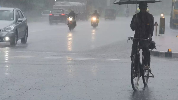 Warning heavy rains kerala