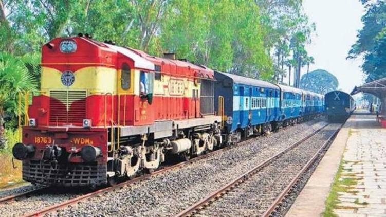 train services canceled Kerala