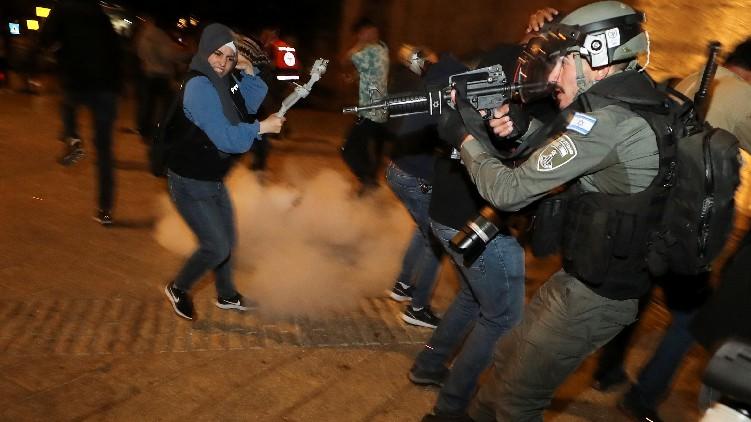 Dozens Injured Jerusalem Clashes