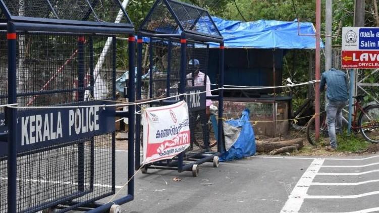 Lockdown reduce covid Pinarayi