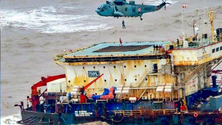 Keralite dies Mumbai barge