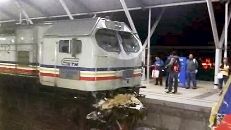 Injured Metro Trains Collide
