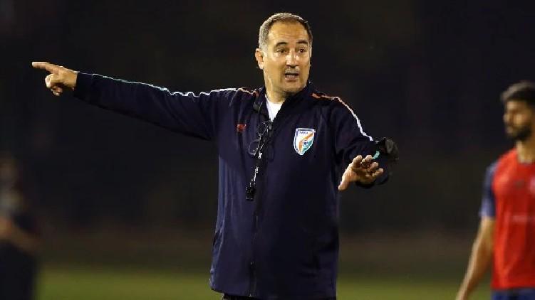 Igor Stimac's Coach Extended