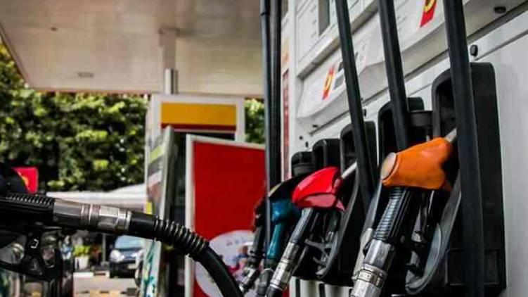 Idukki poopara records highest petrol price in kerala