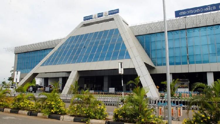 Gold seized Karipur airport