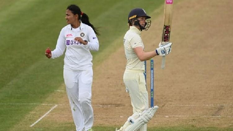 england women 396 india