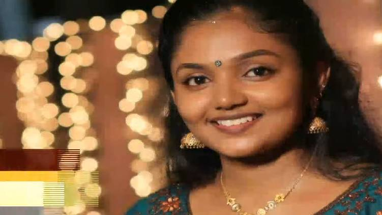 parents allege mystery in suchitra suicide