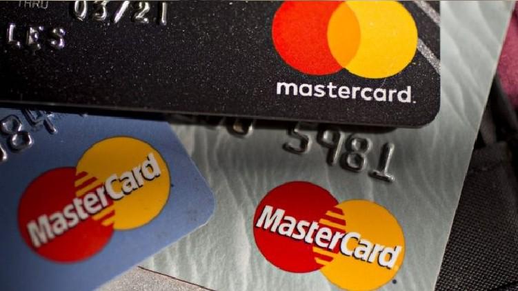 RBI bars Mastercard customers