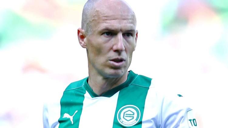 footballer arjen roben retired