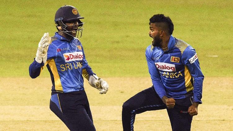 india fighting srilanka odi