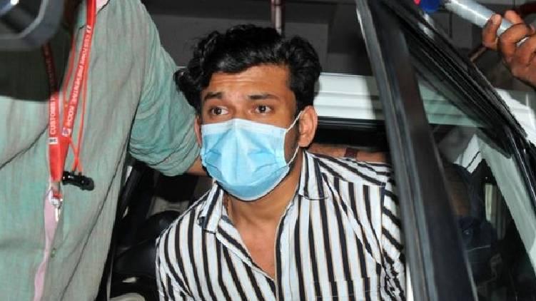 customs disrobed and manhandled says arjun ayanki