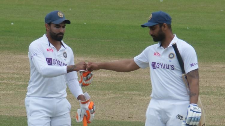 india 283 runs lead