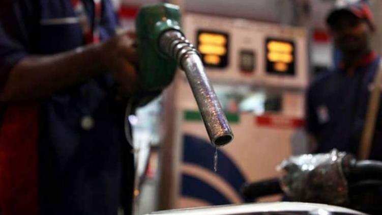 kochi petrol price crossed 100