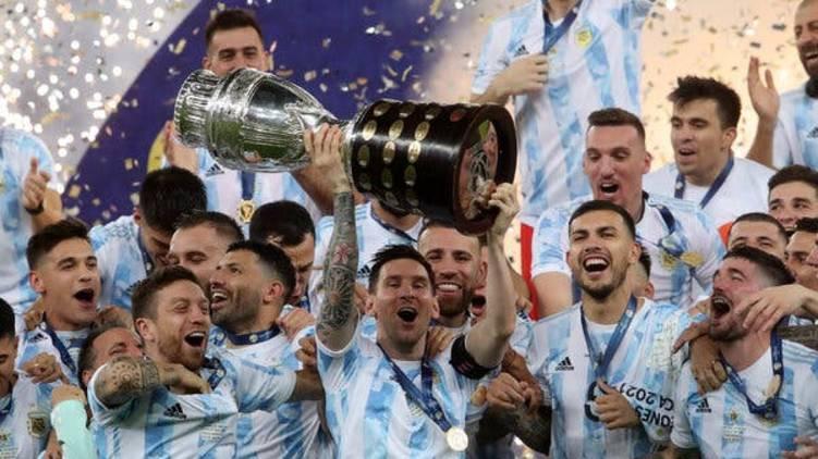 messi lifts copa america cup 2021 video