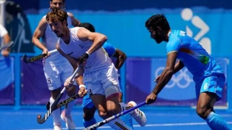 India leads Olympics hockey