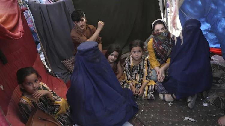 Afghanistan Women home Taliban