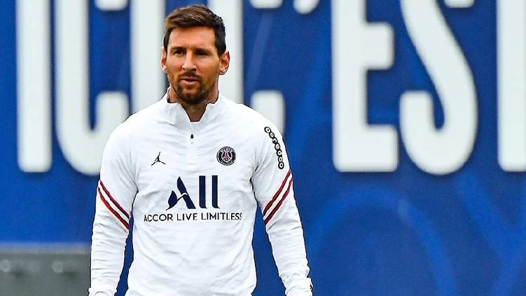 Lionel Messi PSG debut