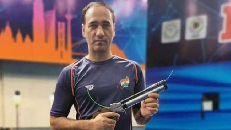 Paralympics Singhraj Adhana Bronze