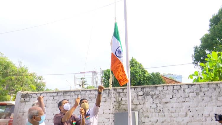 bjp flag hoisting