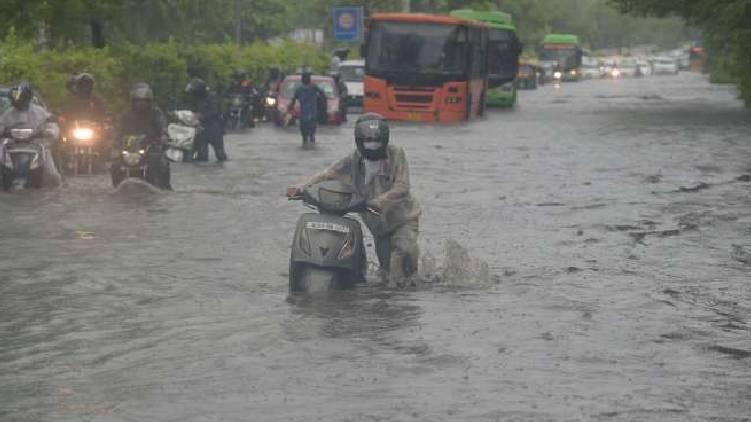delhi rain update