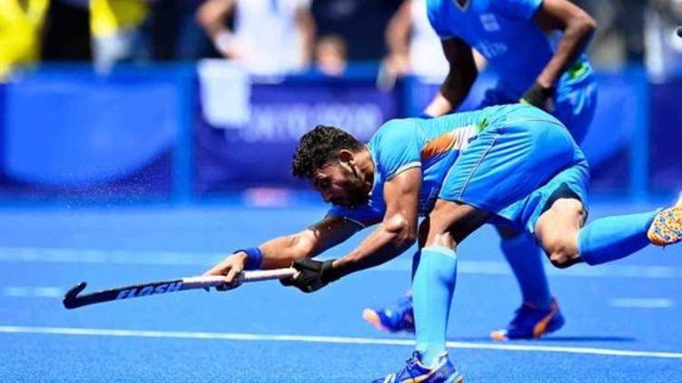 india leads hockey