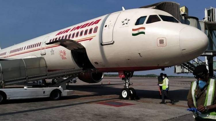kochi london air india flight