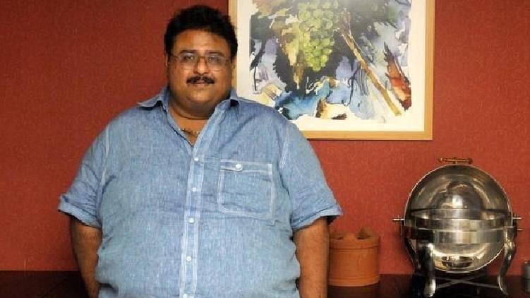 naushad passes away