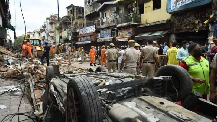 Four-storey building collapses in delhi